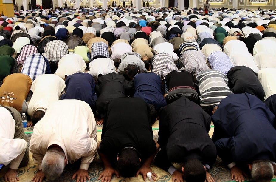 Mayoritas Islam Diam Ketika Suara-suara Moderat Ditenggelamkan oleh Para Ekstremis